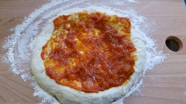 home_made_pizza_02_20