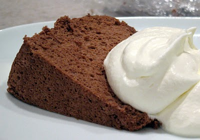 chocolate-angel-food_cake