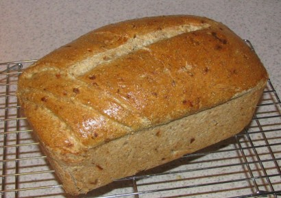 onion-garlic-rye-bread